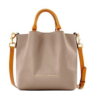 Dooney and Bourke City Small Barlow